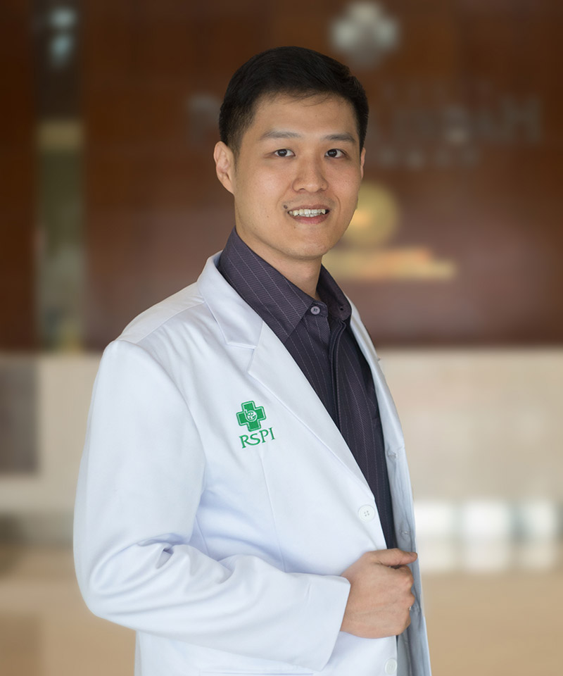 dr. Christian Silas, Sp.OT