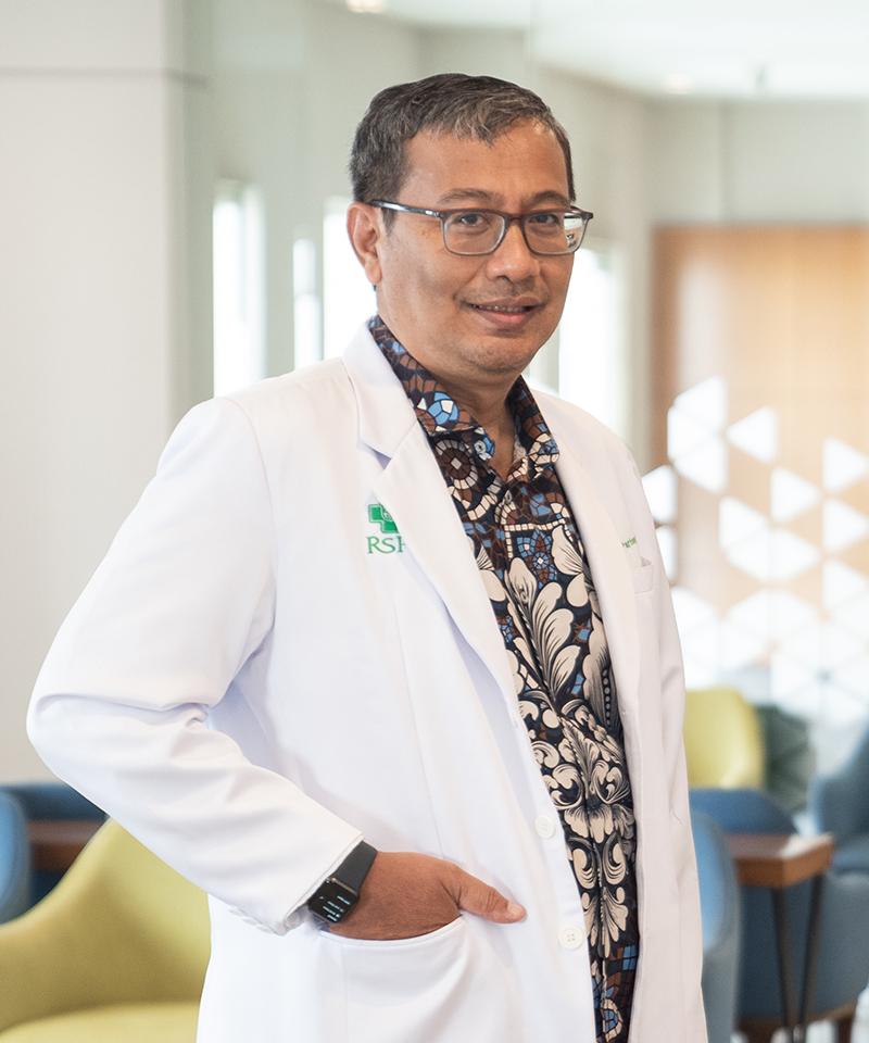 dr. Muki Partono, Sp.OT